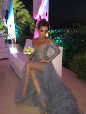 Gorgeous A-Line Off-the-Shoulder Long Sleeves Sweep/Brush Train Tulle Dress