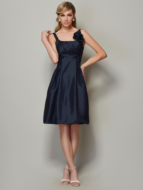 Chic A-Line Straps Sleeveless Short Taffeta Bridesmaid Dress