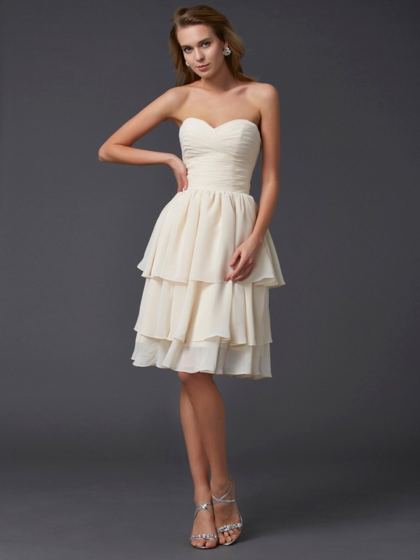 Stylish Sheath Sweetheart Sleeveless Short Chiffon Bridesmaid Dress