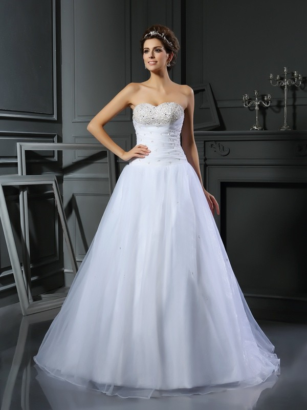 Gorgeous Ball Gown Sweetheart Sleeveless Long Satin Wedding Dress