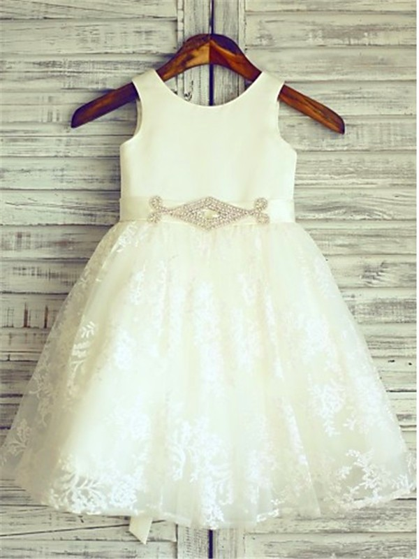 Fashion A-line Scoop Sleeveless Knee-Length Lace Flower Girl Dress