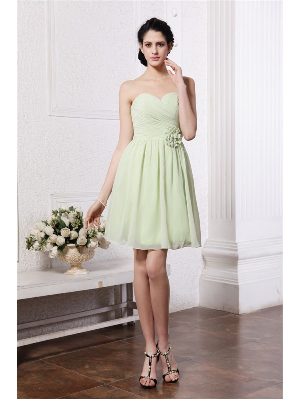 Gorgeous A-Line Sweetheart Sleeveless Chiffon Bridesmaid Dress