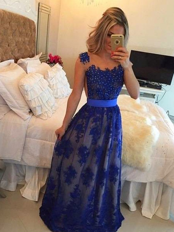 Stunning Sheath Scoop Sleeveless Floor-Length Tulle Dress