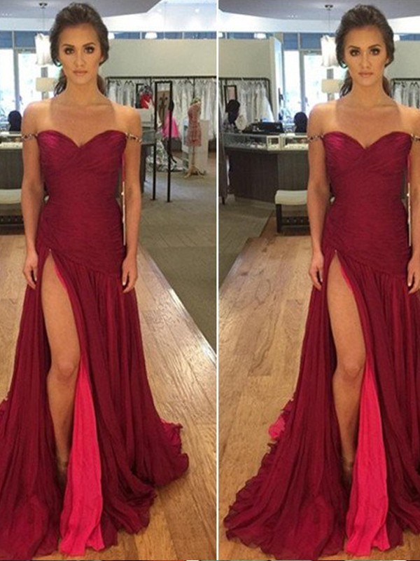 Stunning A-Line Off-the-Shoulder Sleeveless Sweep/Brush Train Chiffon Dress