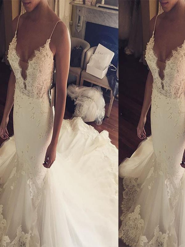 Exquisite Mermaid Spaghetti Straps Court Train Lace Tulle Sleeveless Wedding Dress