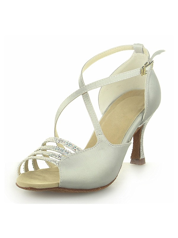 Classical Women Peep Toe Satin Spool Heel Buckle Ivory Wedding Shoes