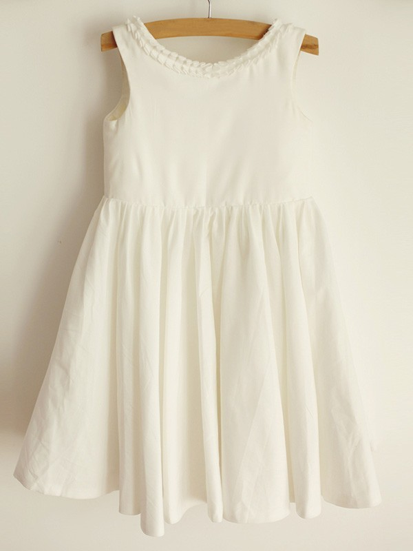 Gorgeous A-Line Scoop Sleeveless Spandex Knee-Length Flower Girl Dress