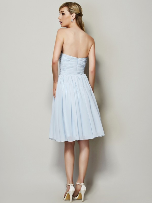 Chic A-Line Strapless Sleeveless Short Chiffon Bridesmaid Dress