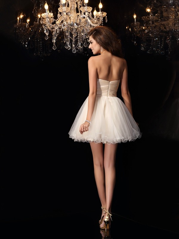 Charming A-Line Sweetheart Sleeveless Short Tulle Cocktail Dress