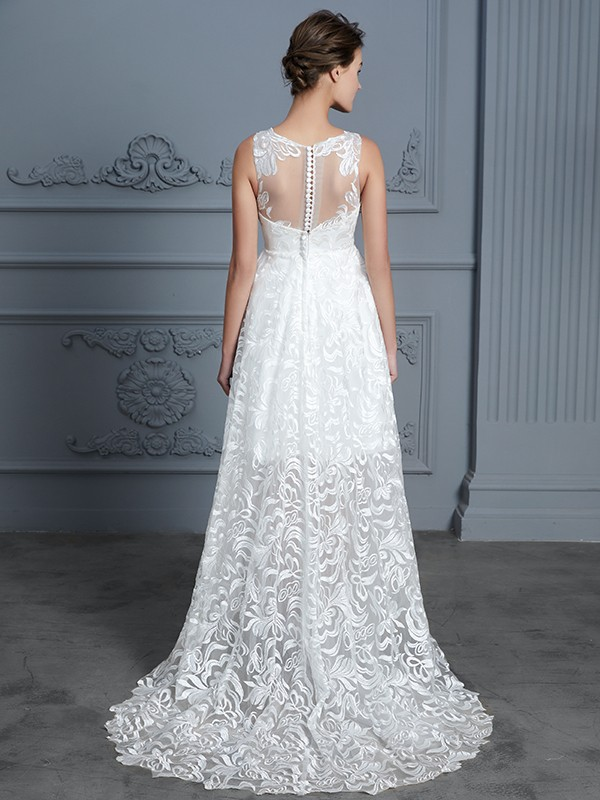 Beautiful A-Line Scoop Sleeveless Asymmetrical Lace Wedding Dress