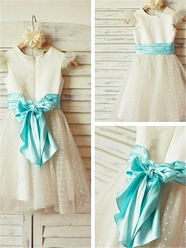 Stylish A-line Jewel Sleeveless Layers Tea-Length Tulle Flower Girl Dress
