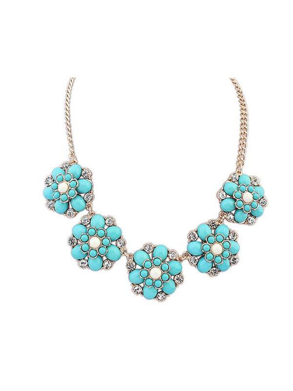 Gorgeous Occident New Sweet Flowers Necklace