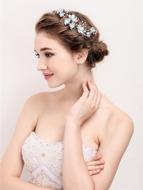 Gorgeous Pearls Headpiece