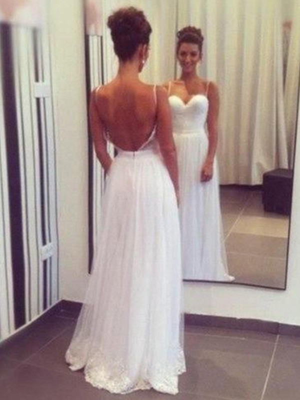 Elegant A-Line Sweetheart Floor-Length Sleeveless Tulle Wedding Dress