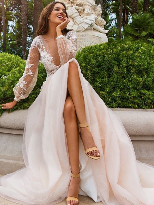 Charming A-Line Long Sleeves Tulle V-neck Sweep/Brush Train Wedding Dress